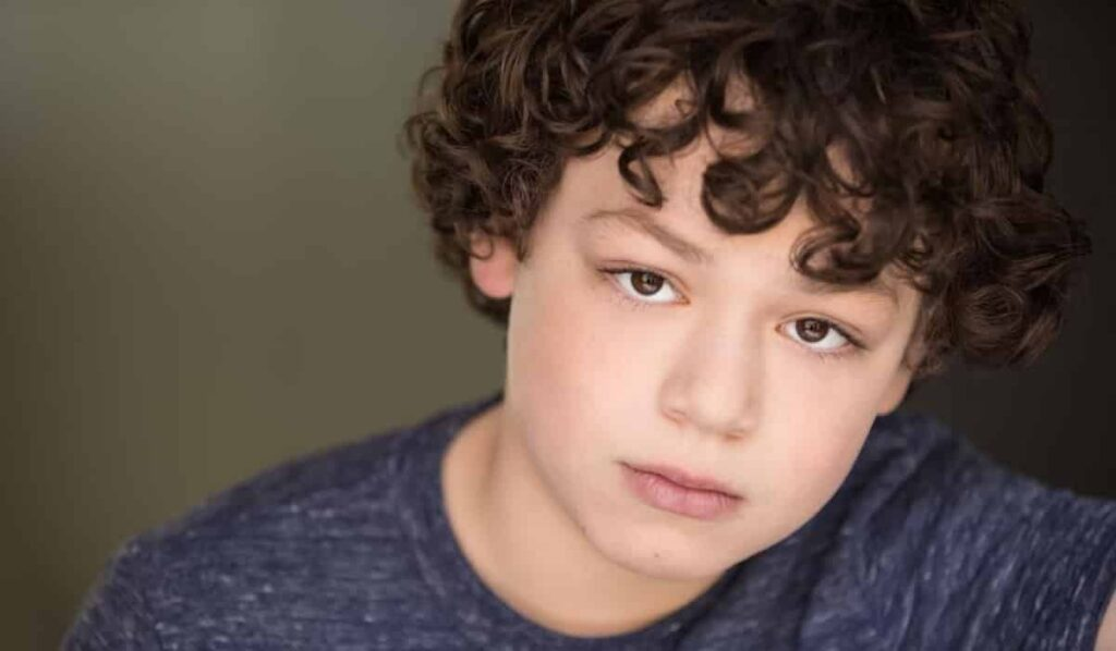 Julian Lerner Biography, Age, Wikipedia, Family, Girlfriend, Career, Net Worth, Height, Parents, Movies, Wiki, Bio